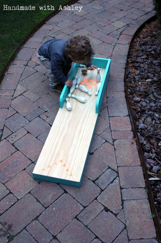 16 Tutorial for bowling lane yard game, Handmade by Ashley featured on @Remodelaholic