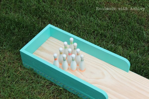 17 DIY bowling lane, made of scrap wood, finished in a day, Handmade by Ashley featured on @Remodelaholic