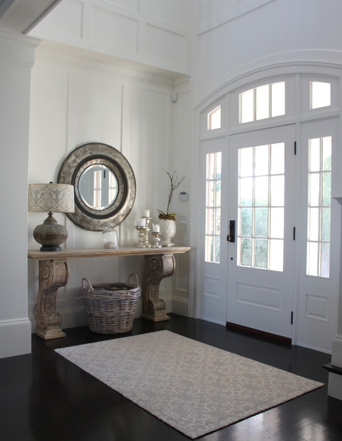 Love this entryway! | 100+ Beautiful Mudrooms and Entryways at Remodelaholic.com