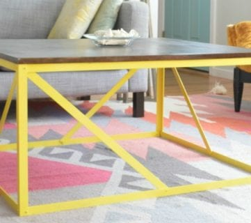 20+ Beautiful Colors to Paint a Table