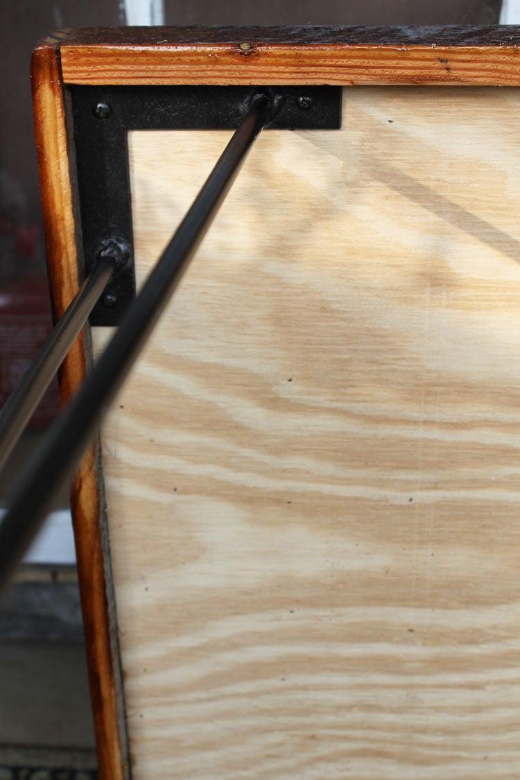 hairpin legs on a reclaimed wood herringbone coffee table = perfection