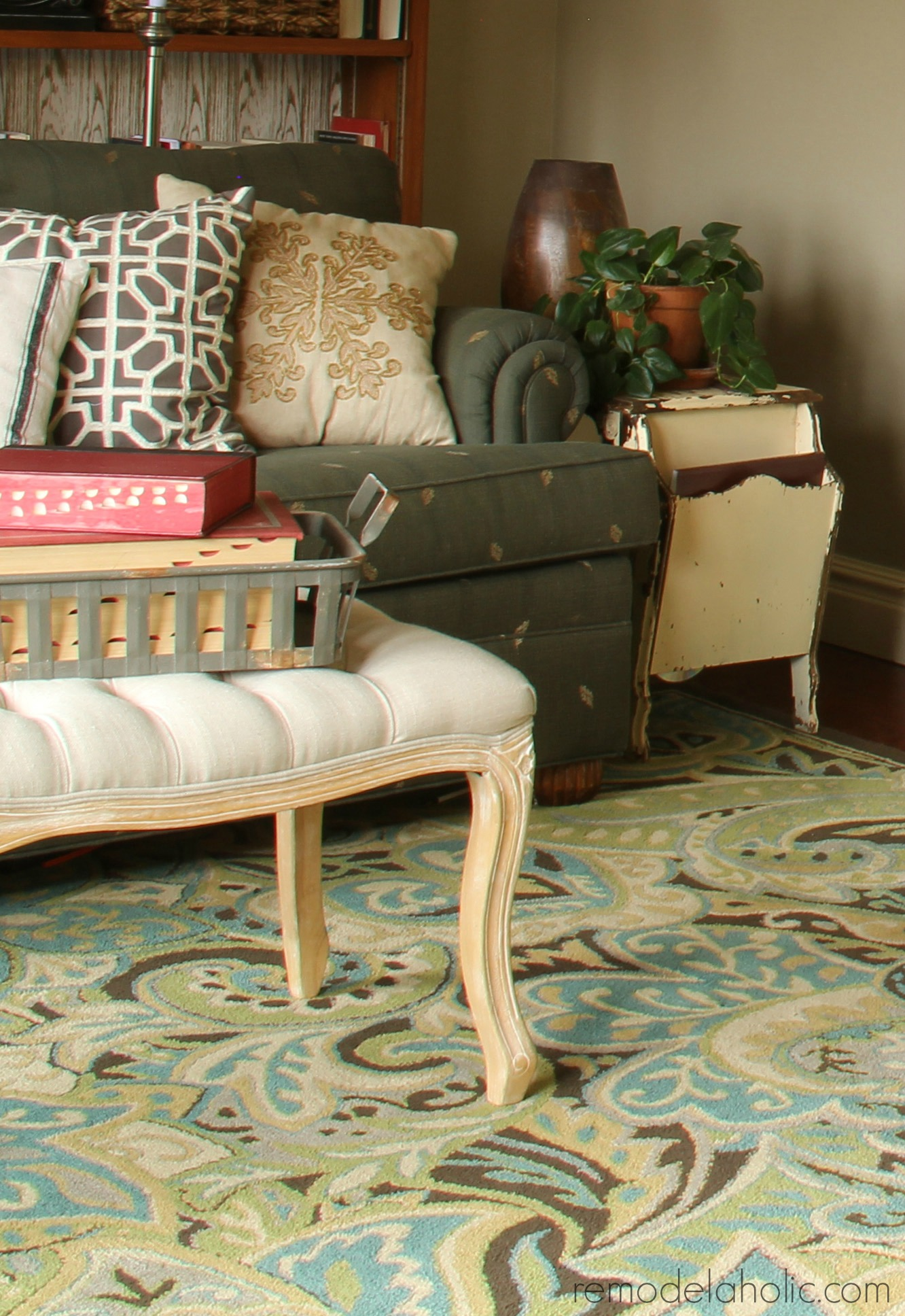 that beautiful paisley style green teal blue area rug is from the hgtv