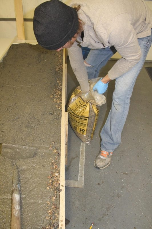 tutorial to make your own DIY concrete countertops Construction2Style on @Remodelaholic (31)