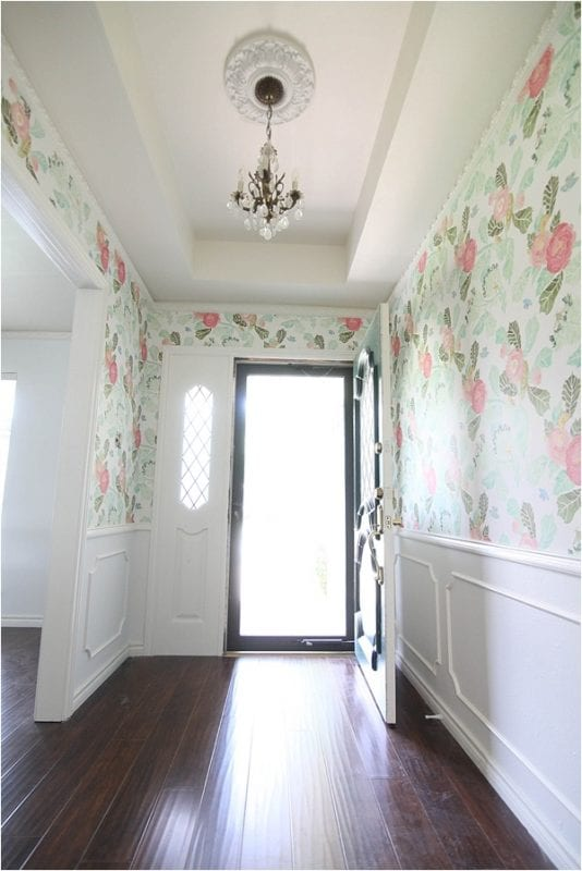 Wallpaper Small Foyer : Remodelaholic inspiring mudrooms and entryways
