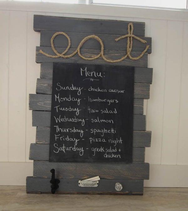 DIY-Pallet-Sign-Menu-Board-LoveYourWood-16