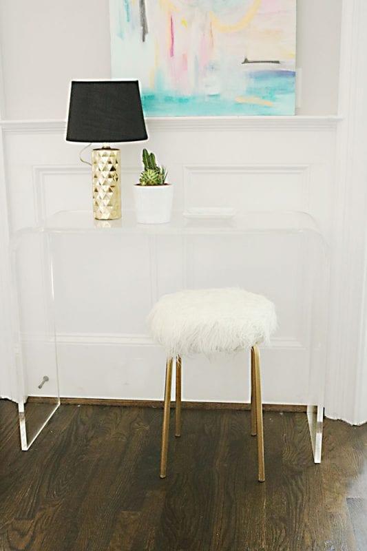 DIY-ikea-hack-white-fur-stool Darleen Meier