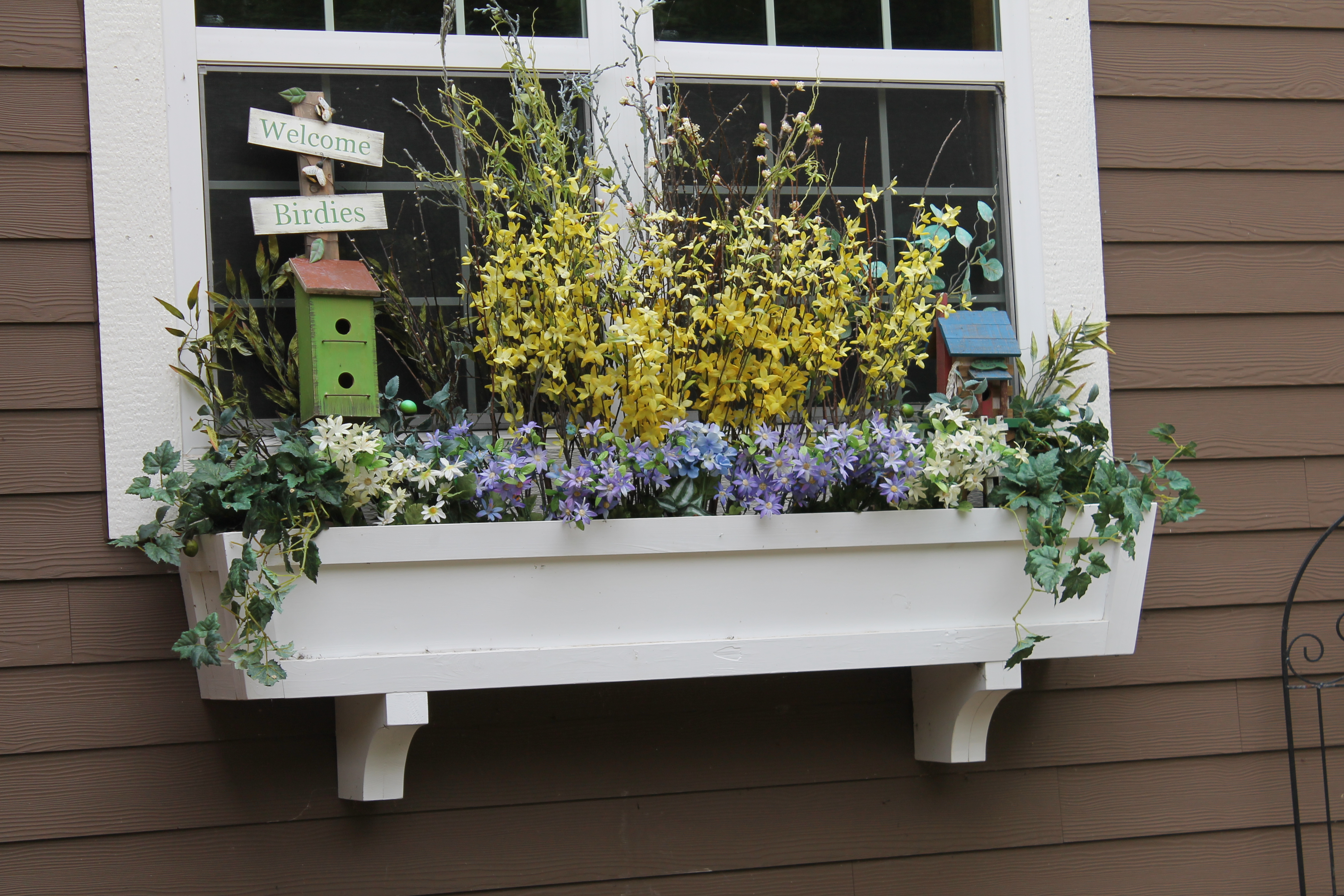 Remodelaholic how to build a window box planter in 5 steps for Window design box