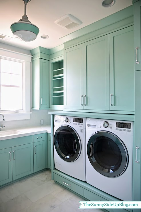 Oh, wow, this cabinet color is gorgeous! Colorful but not too bold. (Paint color info in the post)