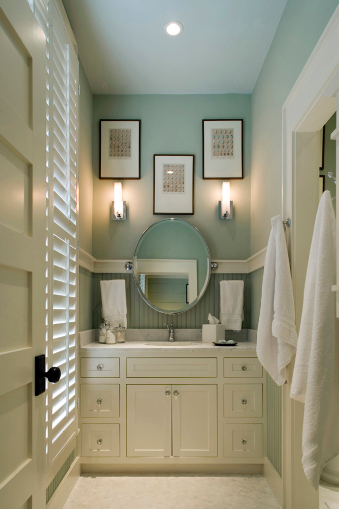 Small bathroom ideas. Wall color is Wythe Blue from Benjamin Moore. Color Spotlight on Remodelaholic
