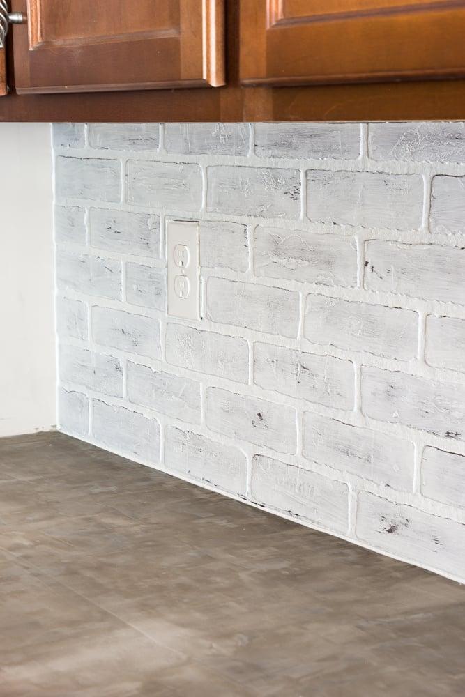 Whitewashed Faux Brick Backsplash 18 Of