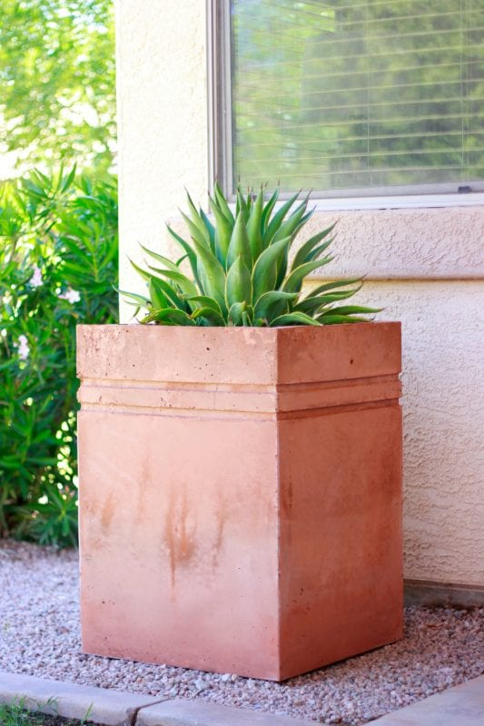 Remodelaholic How To Make A Tall Concrete Planter