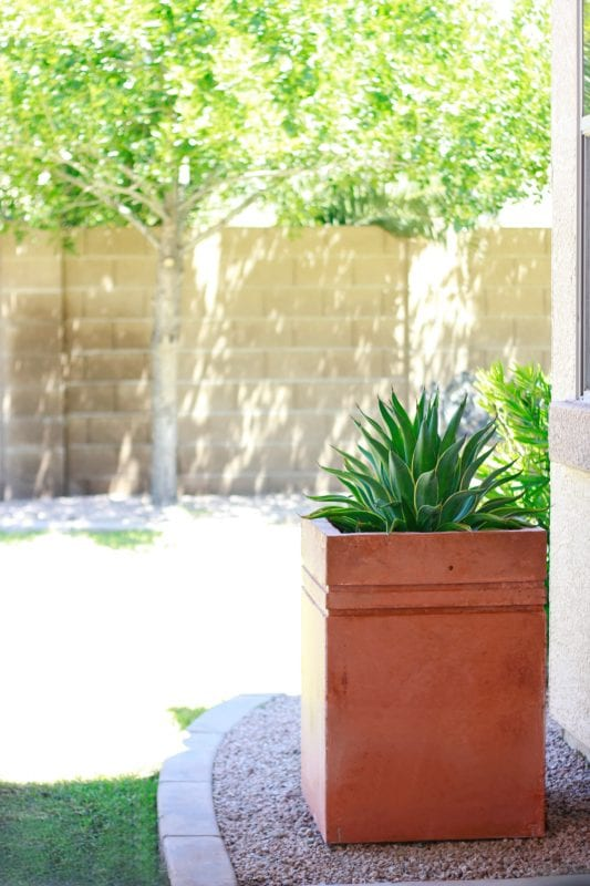 how-to-make-tall-modern-concrete-planter