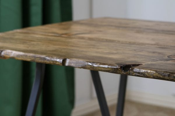 DIY live edge table, incredibly easy! by Windgate Lane featured on @Remodelaholic