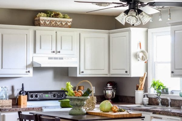 remodelaholic | how to paint your kitchen cabinets in one weekend