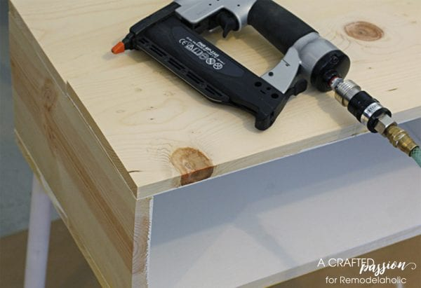 Build a hand crafted modern side table by A Crafted Passion featured on @Remodelaholic