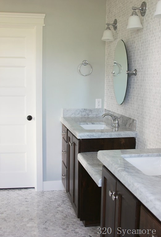 Wall color is Silver Strand from Sherwin Williams. Color Spotlight Remodelaholic