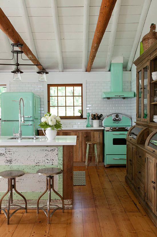 Remodelaholic tips for vintage kitchen charm with a for Small retro kitchen