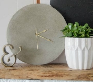 Simple DIY Concrete Clock Tutorial (with less mess!)