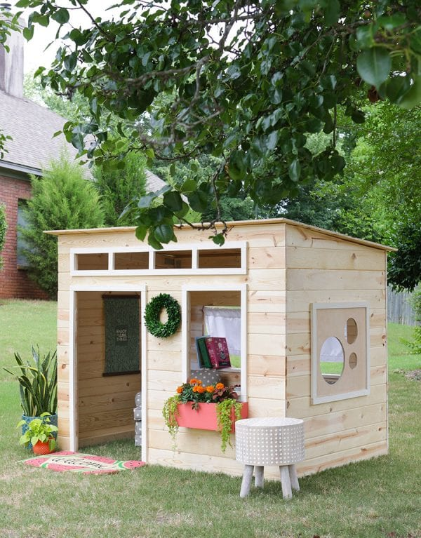 indoor outdoor playhouse by Jen Woodhouse