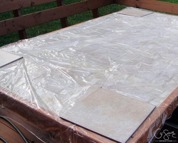 DIY Tiled Table Top For Outdoor Use By Q Schmitz Featured On @Remodelaholic