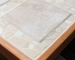 DIY tiled patio tabletop replacement @Remodelaholic feat