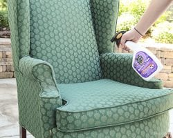 How to prep a used chair for refinishing @remodelaholic-3
