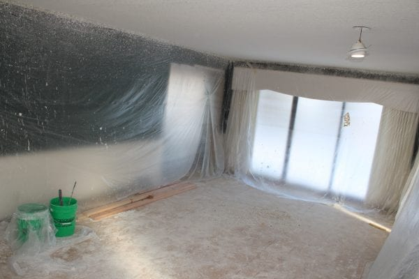 How to apply knockdown textured ceiling - Remodelaholic How To Apply Knockdown Ceiling Texture