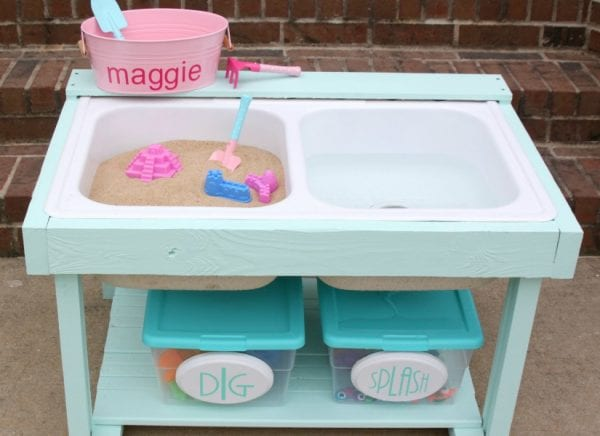 feat-Adorable-kids-sand-and-water-table-from-an-old-kitchen-sink-by-Tattered-and-Inked-featured-on-@Remodelaholic
