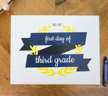 Free Printable Set: First Day of School Signs