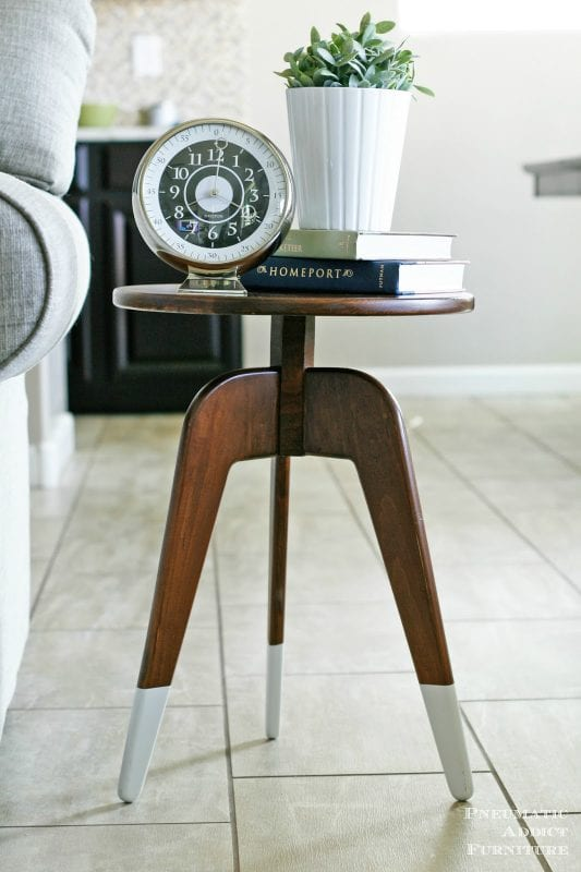 modern end table built with ONE board, Pneumatic Addict