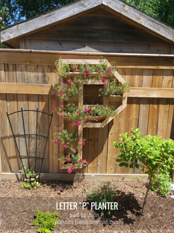 Wooden Monogram Letter P Planter With Flowers, By John P Plans Remodelaholic (1)