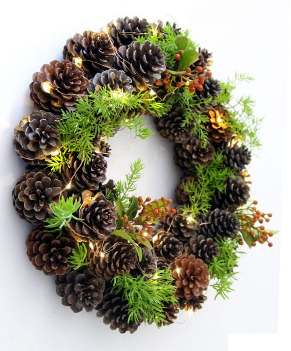 remodelaholic make an easy diy pinecone wreath in one hour. Black Bedroom Furniture Sets. Home Design Ideas