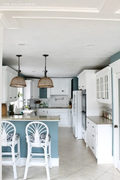 Wall color is Aegean Teal from Benjamin Moore. Color Spotlight on Remodelaholic. Image via The Wicker House