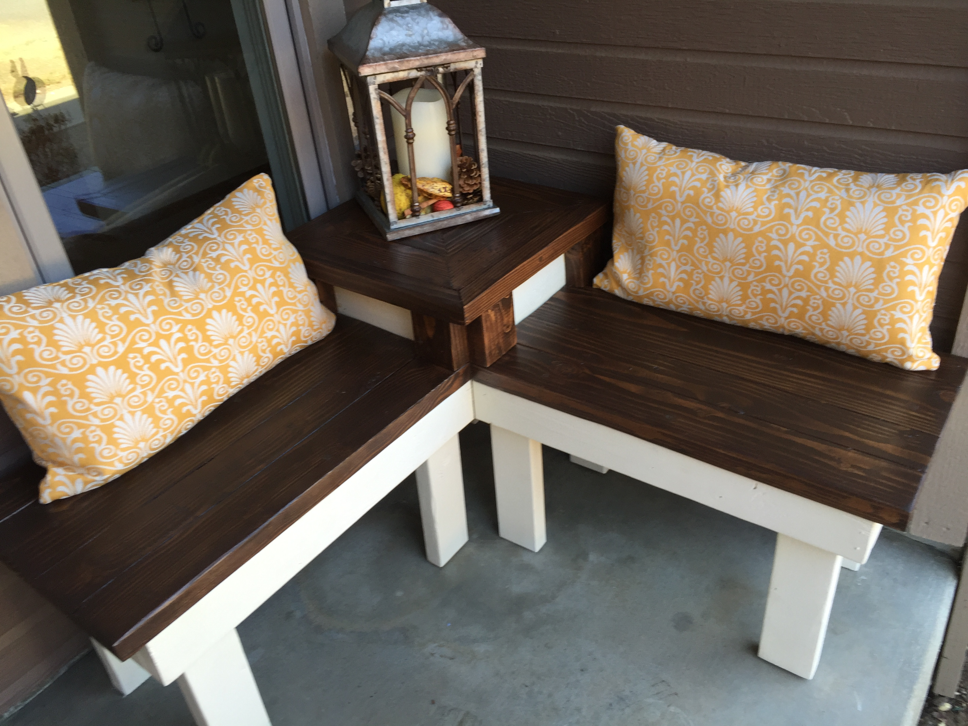 Build a corner bench with built in table remodelaholic Corner bench table