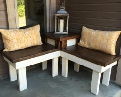 feat diy corner bench and table for front porch, Pinspiration Mommy featured on @Remodelaholic