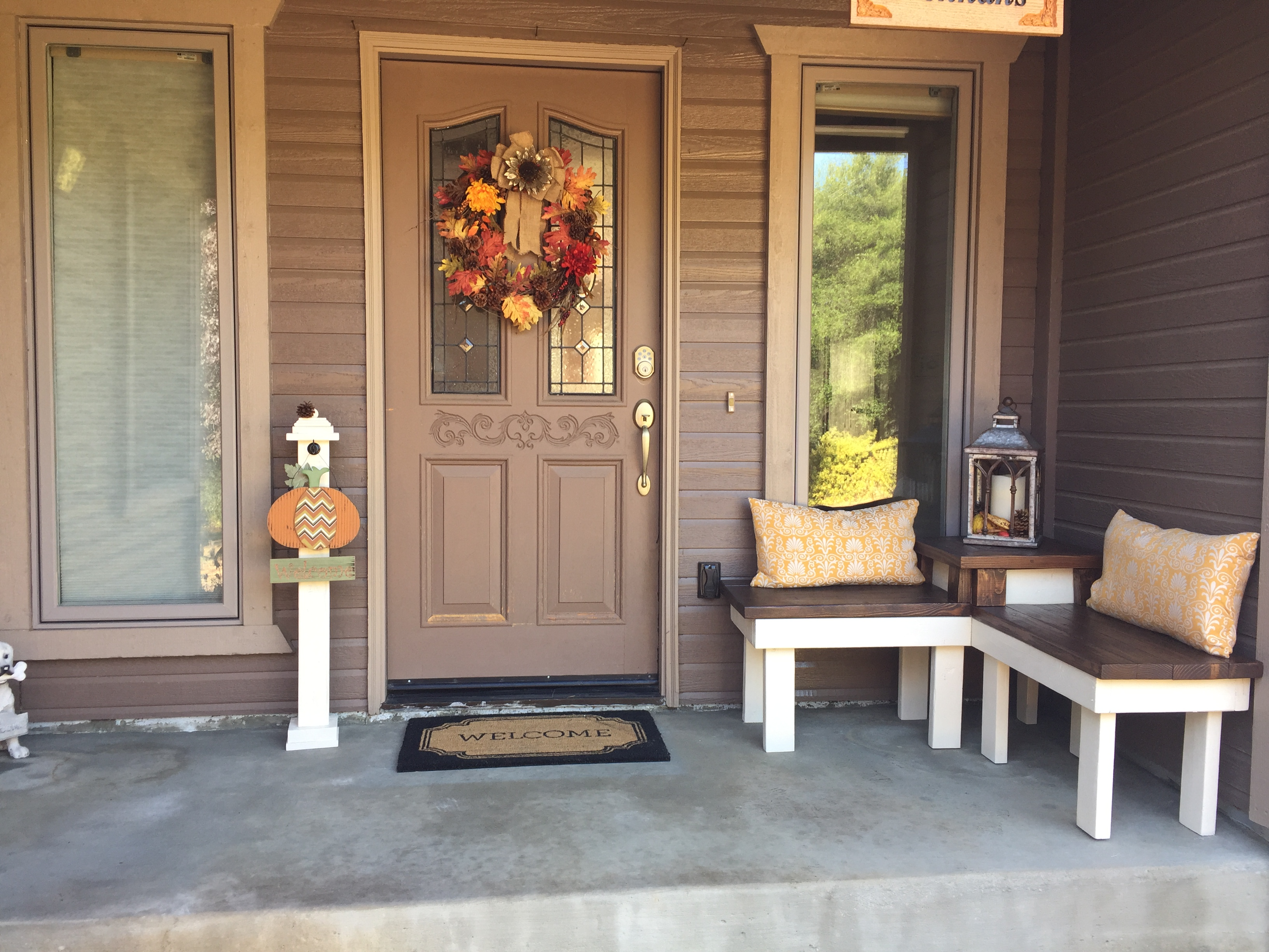 Remodelaholic build a corner bench with built in table front porch with diy corner bench pinspiration mommy featured on remodelaholic solutioingenieria Image collections