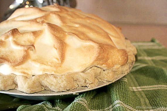 lewmon meringue pie lemon desserts @remodelaholic (1 of 1)