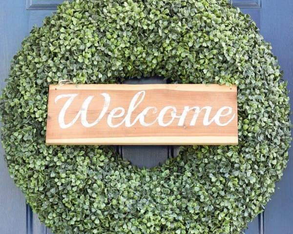 14 DIY Welcome Sign From Reclaimed Wood, By Blesser House Featured On @Remodelaholic