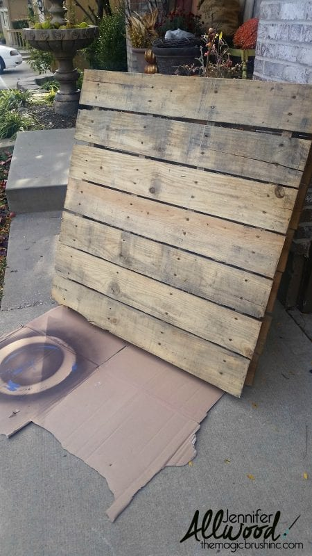 pallet-diy-thanksgiving-fall-porch-sign-the-magic-paintbrush-inc-featured-on-remodelaholic