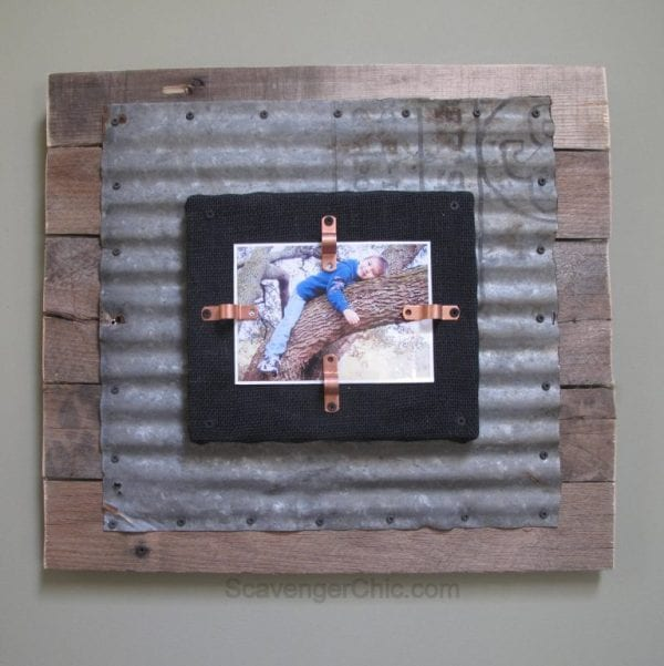 corrugated-tin-and-pallet-wood-diy-frame-my-repurposed-life