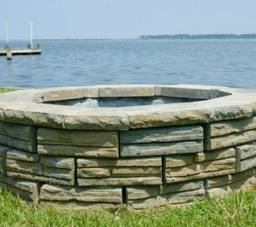 DIY Retaining Wall Block Fire Pit