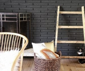 free-pallet-blanket-ladder-diy-tutorial-also-great-for-storing-shoes-remodelaholic-9155