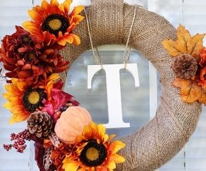 feature-image_15-diy-fall-wreaths_remodelaholic