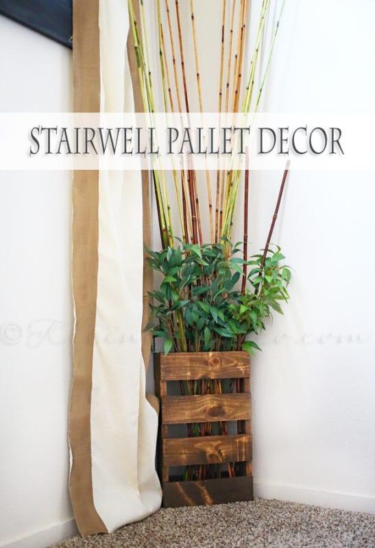stairwell-pallet-decor