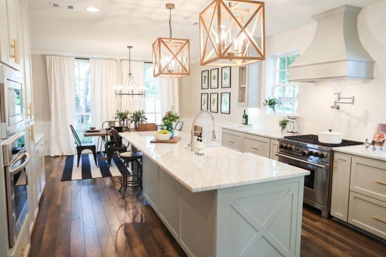 remodelaholic get this look the fixer upper chip 2 0 kitchen and dining spaces. Black Bedroom Furniture Sets. Home Design Ideas