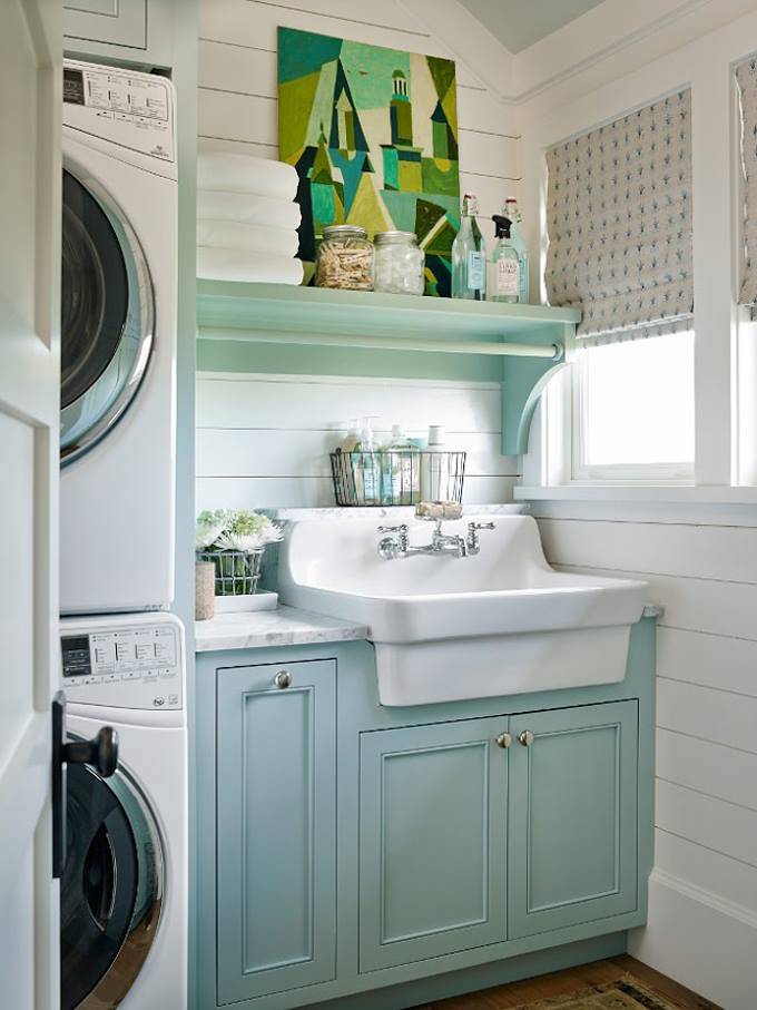 Remodelaholic friday favorites pumpkins laundry rooms for Farmhouse sink for laundry room