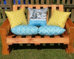 feat-pallet-wood-bench-diy-by-one-artsy-mama-featured-on-remodelaholic