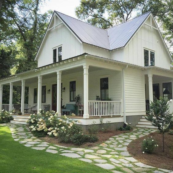 Image Source: Southern Living (https://houseplans.southernliving.com/plans/SL1832)