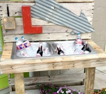 How to Make a Pallet Drink Station
