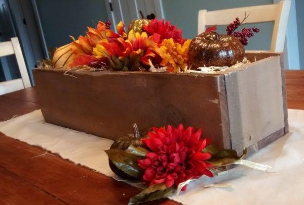 remodelaholic-rustic-pallet-wood-box-13